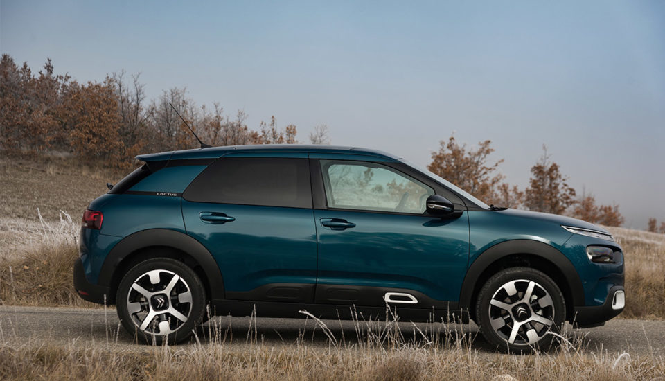 B. CITROËN CACTUS manual (5 Pax)